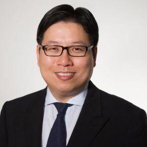 Dr Season Yeung